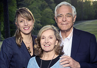 L–R: Elizabeth Noble '05, Gayle Noble, and David Noble '66